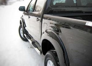 Toyota Hilux пороги труба d 76 с накладками (вариант 3) TLT-0000083